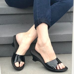 Kenneth Cole black patent wedge sandals SLIDES 9